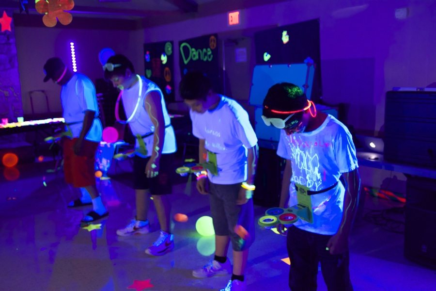 glow-party-games